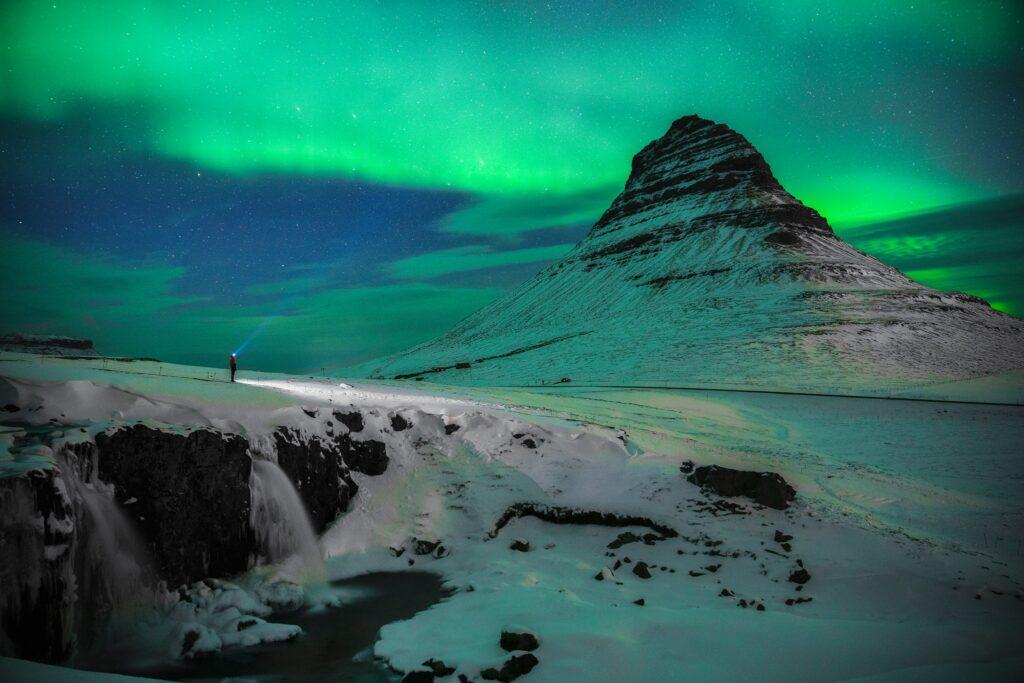 L'Energia Geotermica Islandese: il regalo della Terra a una nazione estrema